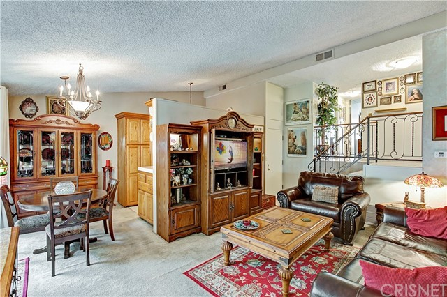 4250 W Kling Street, Burbank, CA 91505
