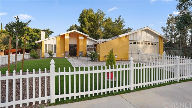 23036 Las Mananitas Drive, Valencia, CA 91354