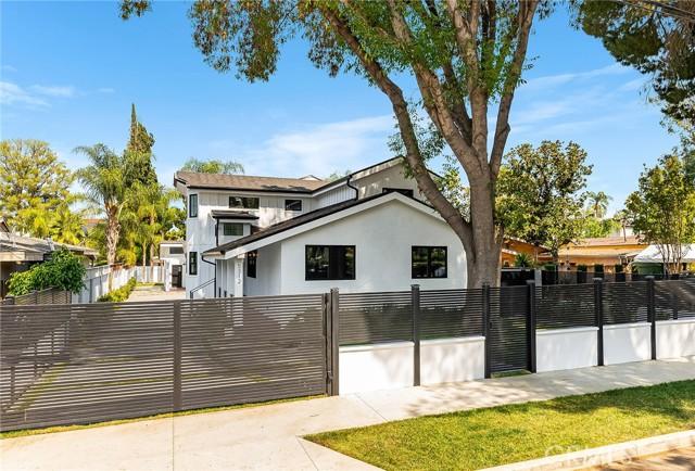 5312 Amigo Avenue, Tarzana, CA 91356