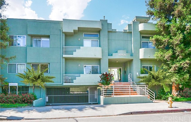 10926 Moorpark Street 3, Studio City, CA 91602