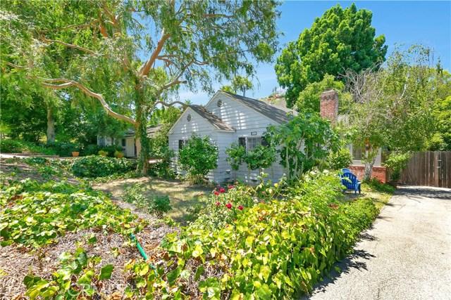 4203 Saugus Avenue, Sherman Oaks, CA 91403