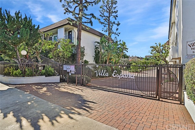 5265 Newcastle Avenue 1, Encino, CA 91316