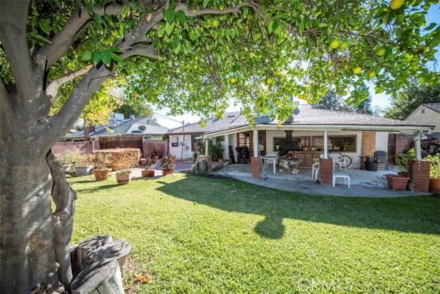 17557 Cohasset Street, Lake Balboa, CA 91406