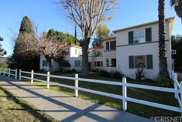 11724 Riverside Drive, Valley Village, CA 91607