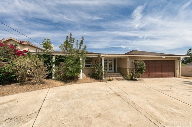 10444 De Soto Avenue, Chatsworth, CA 91311