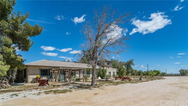 2528 Backus Road, Mojave, CA 93501