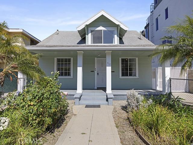 912 N Hudson Avenue, Hollywood, CA 90038