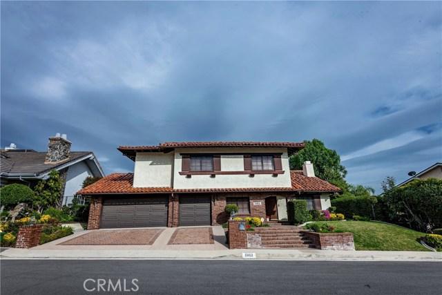 5952 Woodland View Drive, Woodland Hills, CA 91367