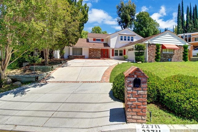 22711 Margarita Dr, Woodland Hills, CA 91364