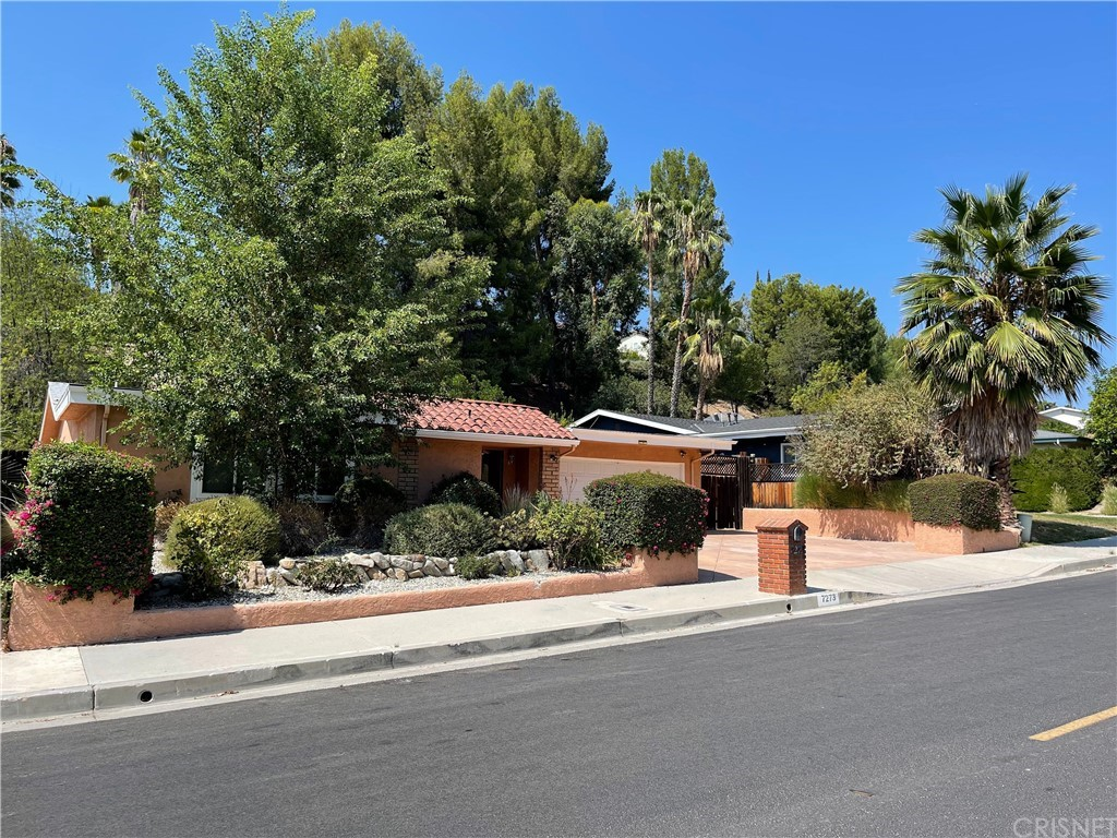 7273     Pomelo Drive, West Hills CA 91307