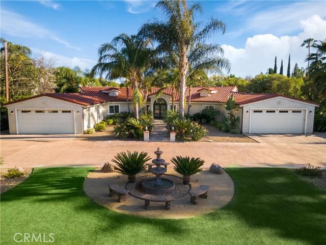 Photo of 22950 Erwin Street, Woodland Hills, CA 91367