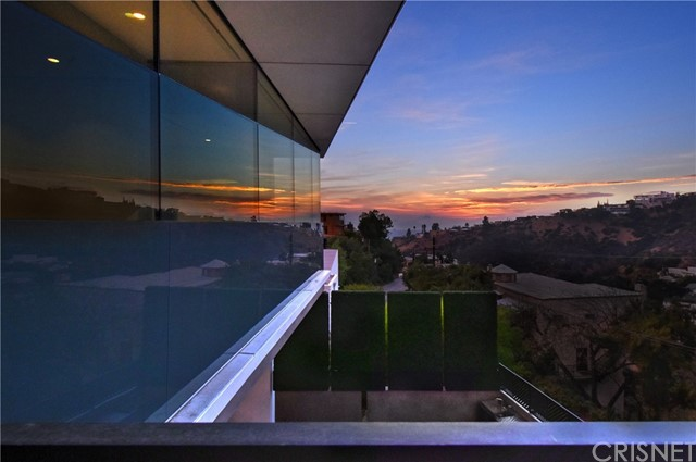 Image 25 of 1807 Blue Heights Dr, Los Angeles, CA 90069
