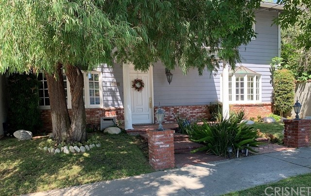 9701 Paso Robles Avenue, Northridge, CA 91325