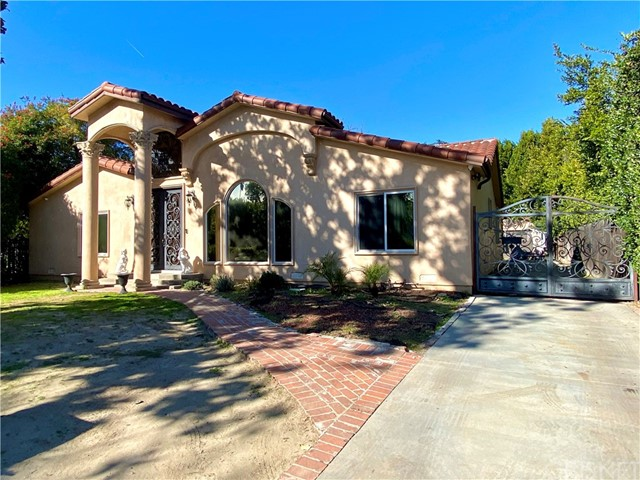 12219 Huston Street, Valley Village, CA 91607