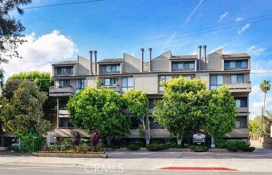 13331 Moorpark Street 303, Sherman Oaks, CA 91423
