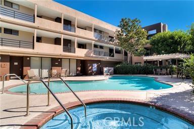 7826 Topanga Canyon Boulevard 66, Canoga Park, CA 91304