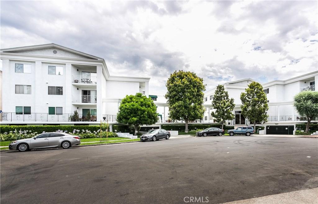 Photo of 4520 NATICK AVENUE #109, Sherman Oaks, CA 91403