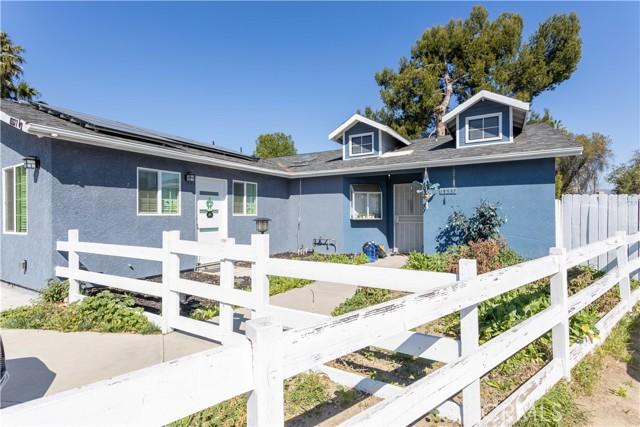 15537 Dearborn Street, North Hills, CA 91343