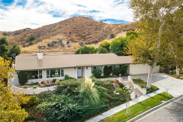 23340 Agramonte Drive, Newhall, CA 91321