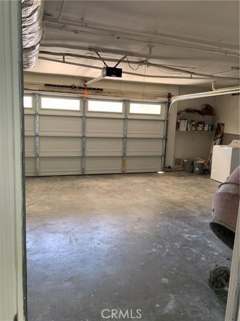 22762 Avenue San Luis, Woodland Hills CA: https://media.crmls.org/mediascn/08efa1f5-f2b9-4264-85b0-634711e11542.jpg