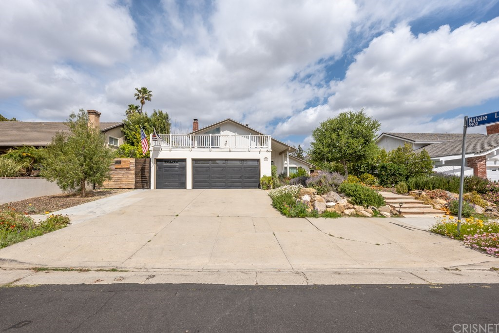 23251     Chase Street, West Hills CA 91304