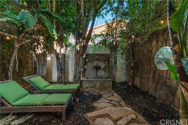Image 19 of 816 N Mansfield Ave, Hollywood, CA 90038