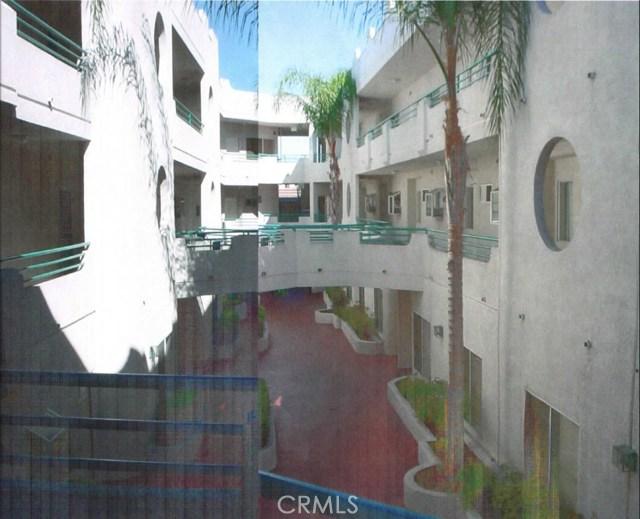 6828 Laurel Canyon Boulevard 211, North Hollywood, CA 91605