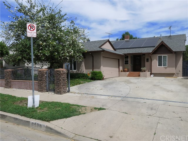 8538 Etiwanda Avenue, Northridge, CA 91325