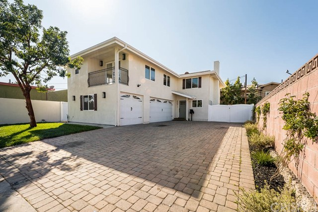 2507 Inglewood Avenue, Redondo Beach, California 90278, 4 Bedrooms Bedrooms, ,2 BathroomsBathrooms,For Sale,Inglewood,SR20037537