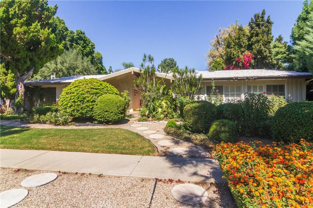 Photo of 17327 MARILLA Street, Northridge, CA 91325