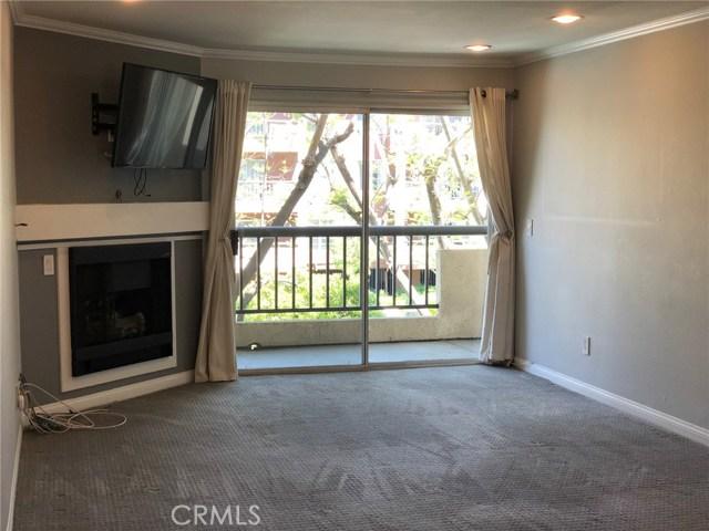 Photo of 5525 Canoga Avenue #207, Woodland Hills, CA 91367