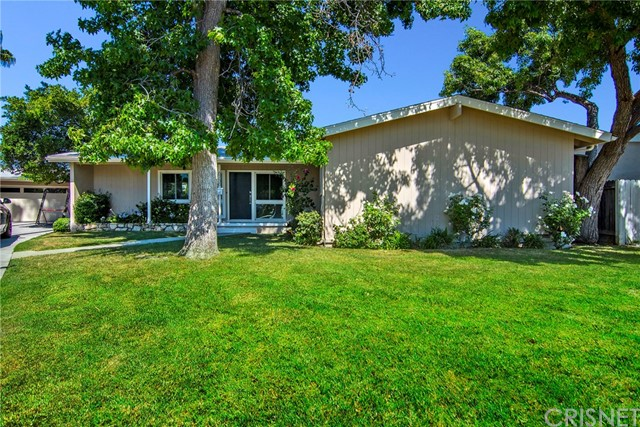 6730 Nevada Avenue, Woodland Hills, CA 91303