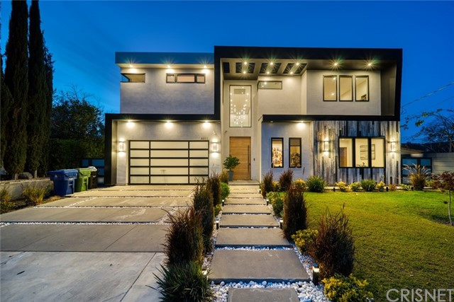 Photo of 5831 Mcdonie Avenue, Woodland Hills, CA 91367