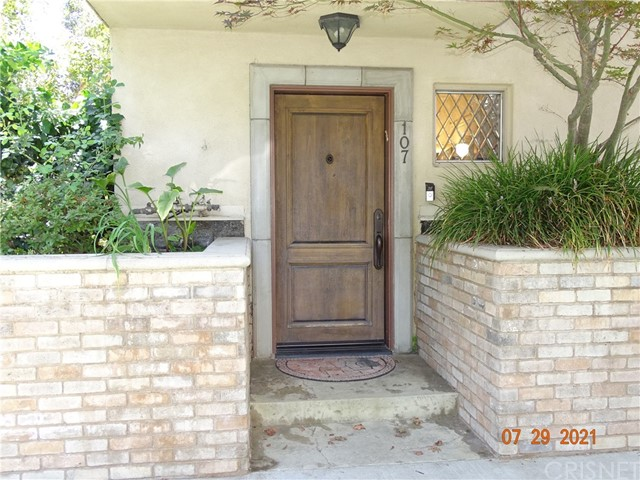 15248 Clark Street 107, Sherman Oaks, CA 91411