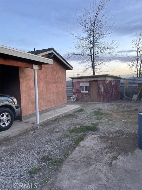 1907 Kentucky Street, Bakersfield, California 93305, 3 Bedrooms Bedrooms, ,2 BathroomsBathrooms,Single Family Residence,For Sale,Kentucky,SR21020466