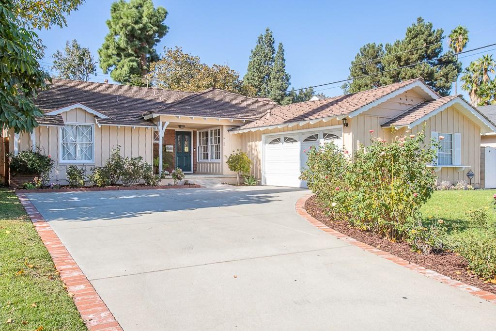 Photo of 9143 Valjean Avenue, North Hills, CA 91343