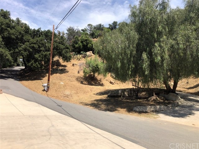 14 Clear Spring Road, Simi Valley, CA 93062