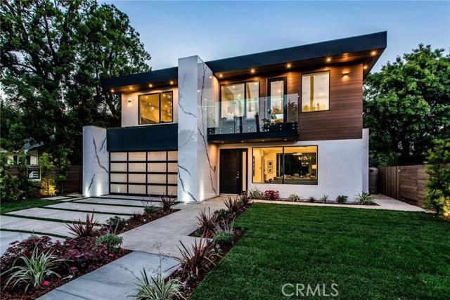 15039 Hartsook Street, Sherman Oaks, CA 91403