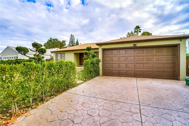 12618 Califa Street, Valley Glen, CA 91607