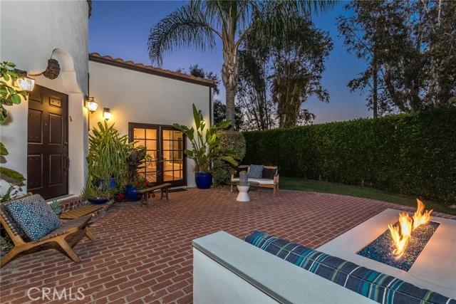 43. 6402 Lindenhurst Avenue Los Angeles, CA 90048