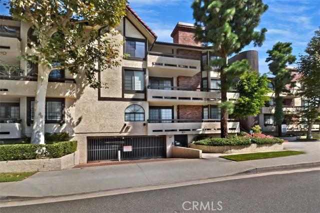 5534 Encino Avenue 101, Encino, CA 91316