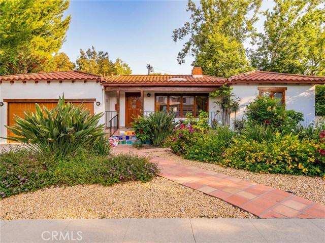 12250 La Maida Street, Valley Village, CA 91607