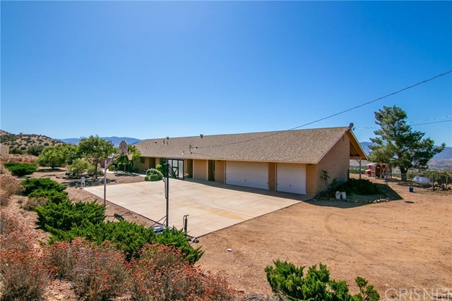 2427 Mountain Springs Road, Acton, CA 93510