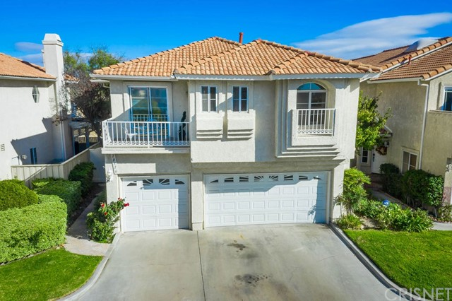 18516 Olympian Court, Canyon Country, CA 91351