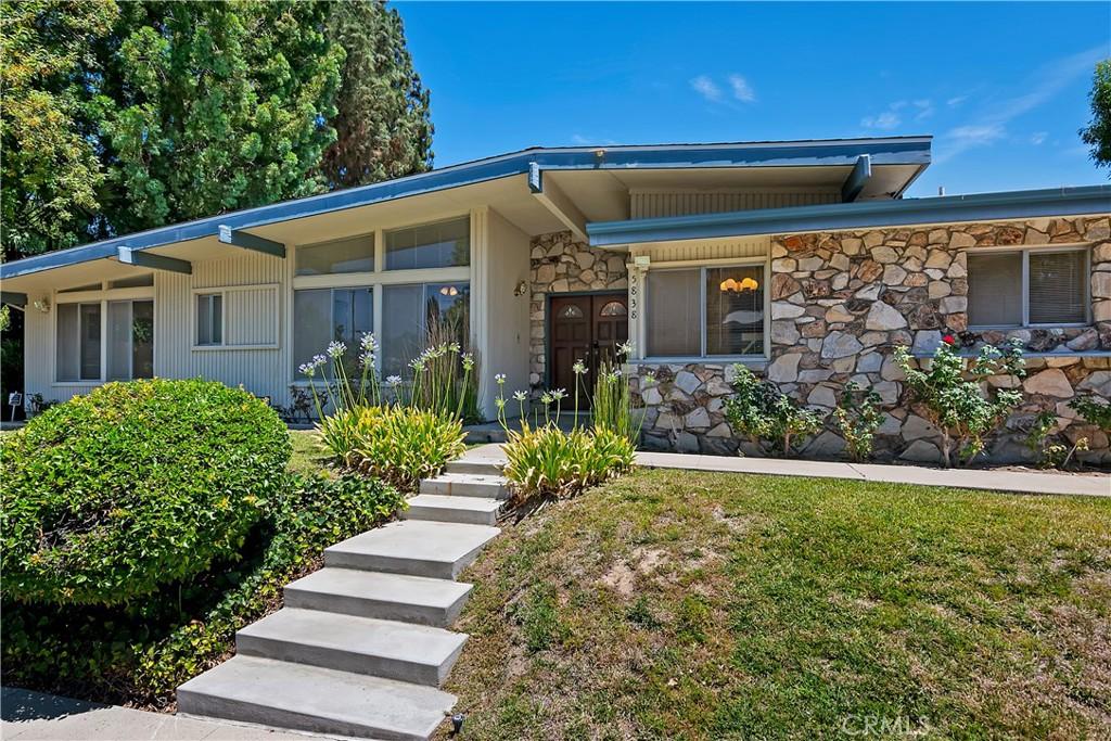 5838     Lockhurst Drive, Woodland Hills CA 91367