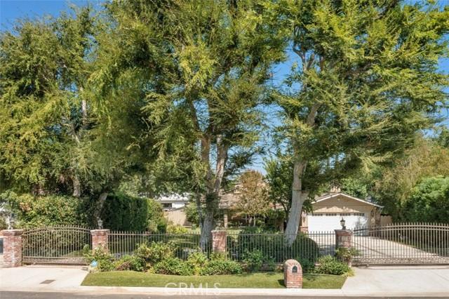 Photo of 22661 Calvert Street, Woodland Hills, CA 91367