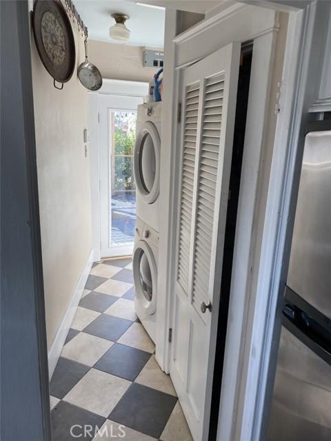 1728 Washer/Dryer