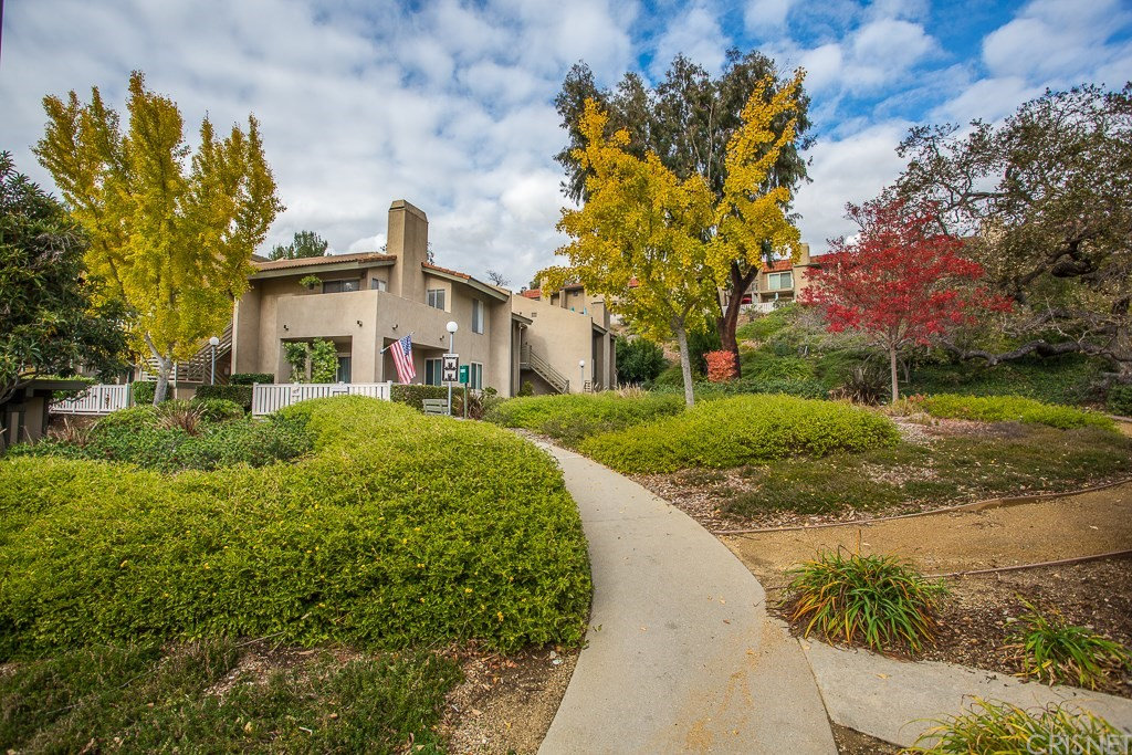 Photo of 248 OAKLEAF Drive #207, Thousand Oaks, CA 91360