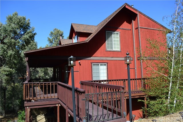 14521 Voltaire Drive, Pine Mtn Club, CA 93225