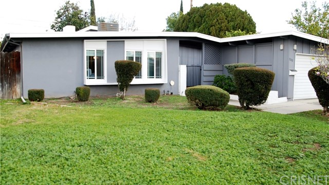 7650 Yarmouth Avenue, Reseda, CA 91335